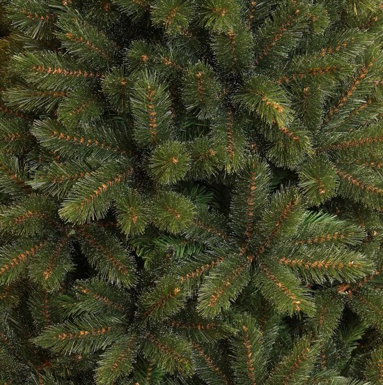Triumph Tree smalle kunstkerstboom forest frosted maat in cm: 260 x 137 groen